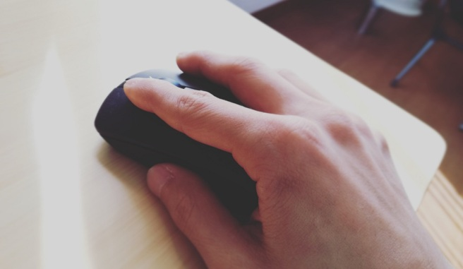 click mouse